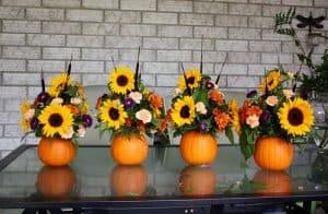 Source: https://lifeatcloverhill.com/2012/10/pumpkin-flower-arrangement-thanksgiving.html