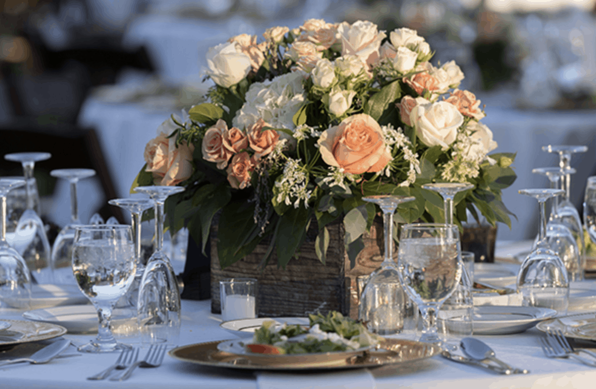 Mayfield's Wedding Flowers Fit New Wedding Formats